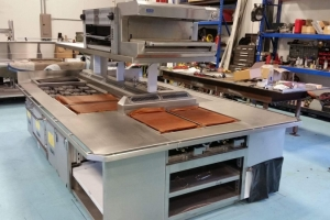 Custom Stainless Counters & Tables (2)